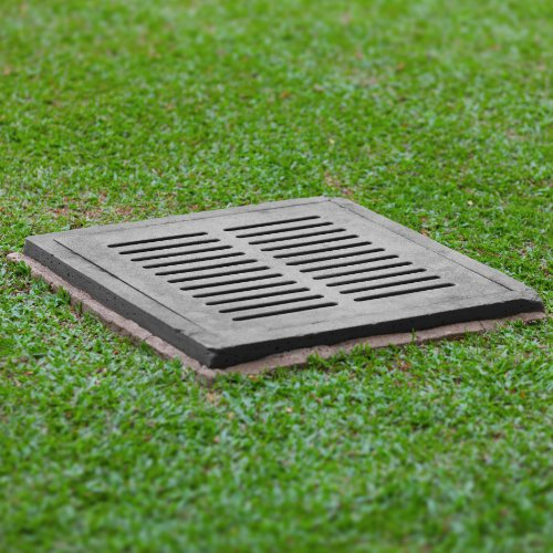 3 POSSIBLE DRAINAGE SOLUTIONS FOR YOUR BACKYARD
